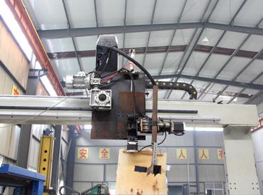 自动熔化极气体保护焊机